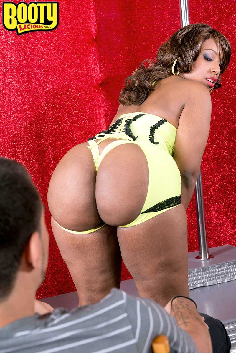 Big ass layla price gets rough anal amp ass to mouth as degraded cheerleader 7