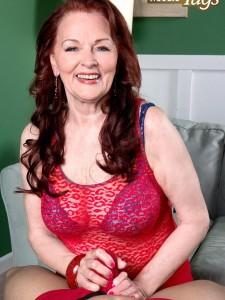 Sexy granny Katherine Merlot tugs on a dick